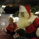 10. Появляется Санта